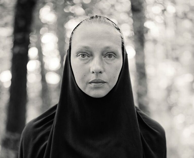 Alys Tomlinson wins Sony Photographer of the Year